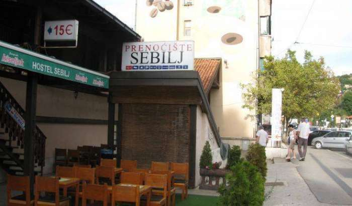 Search availability for the best youth hostels in Sarajevo
